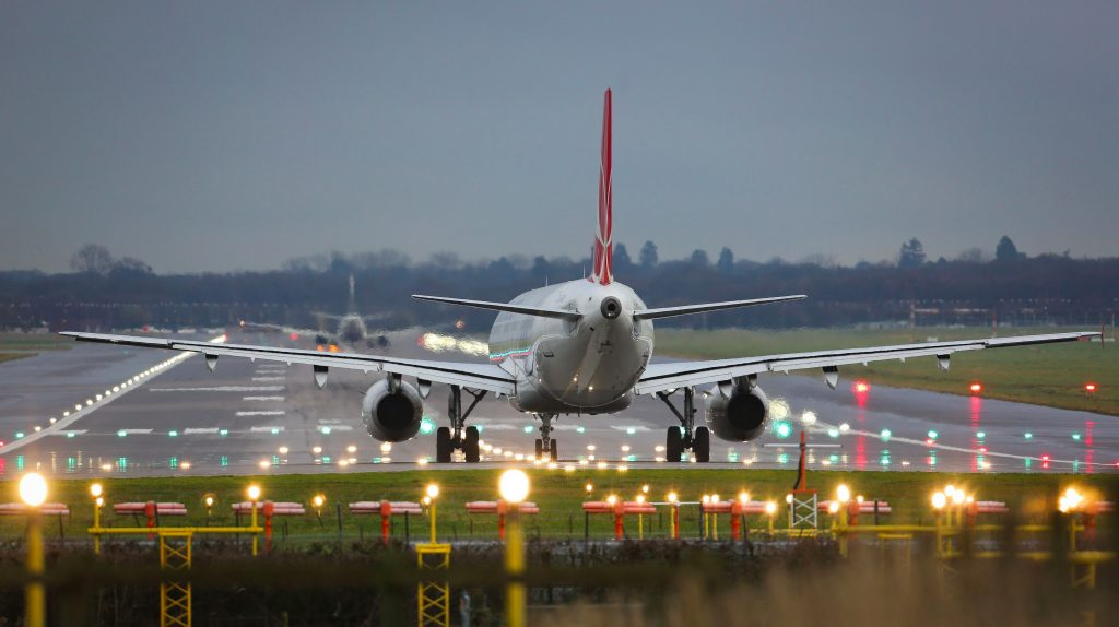 Landing On Gatwick airport - London